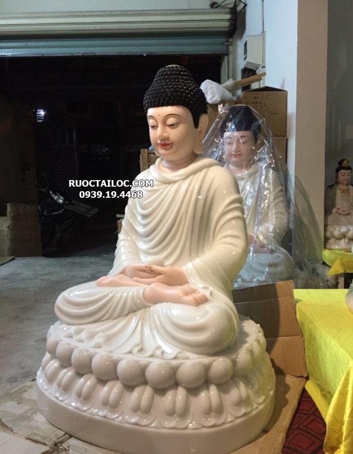 mẫu tượng bổn sư thích ca mâu ni màu trắng cao 70cm