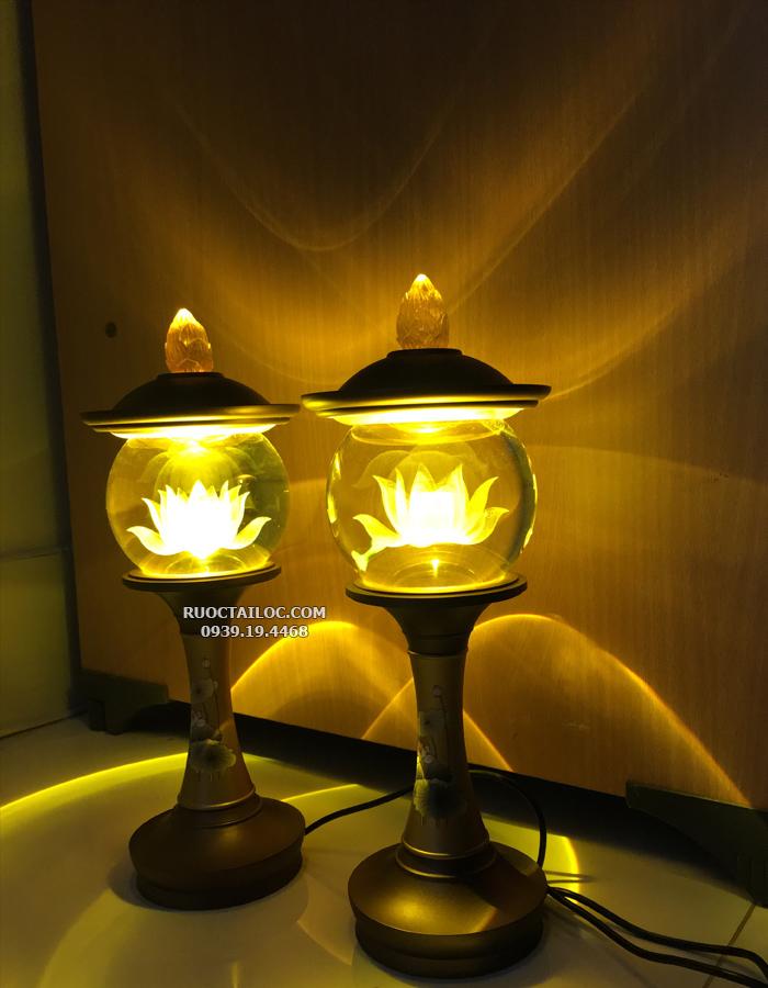 đèn nắp ô thân đồng vẽ hoa sen thờ phật đẹp