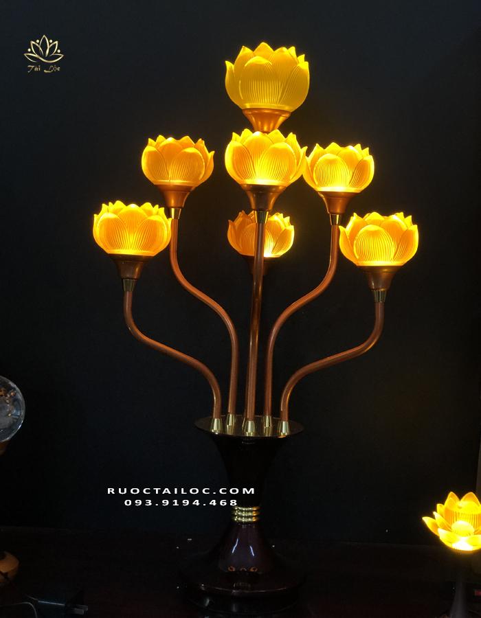 đèn thờ phật trong chùa đẹp nhất