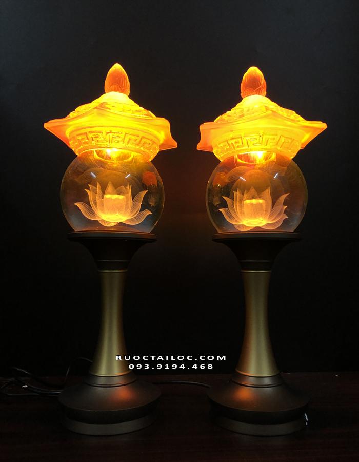 mẫu đèn thờ cúng thân đồng đẹp