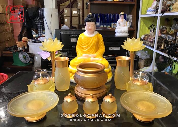 Mẫu Đồ Thờ Phật Bằng Lưu Ly Đẹp Nhất