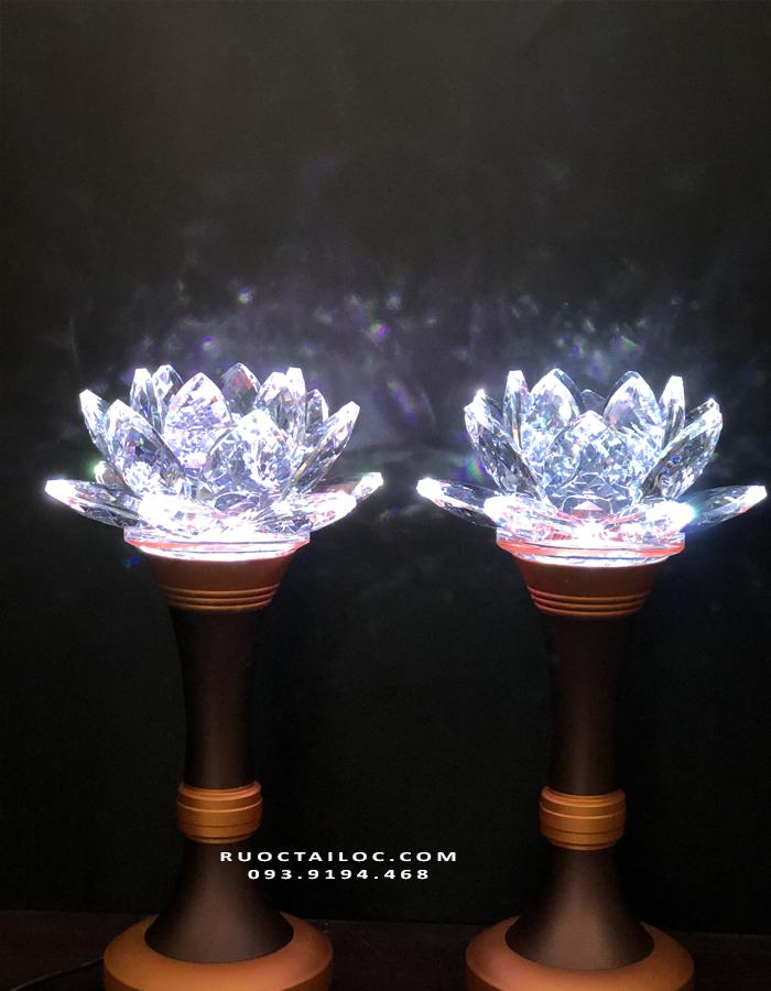 đèn trang trí bàn thờ đẹp