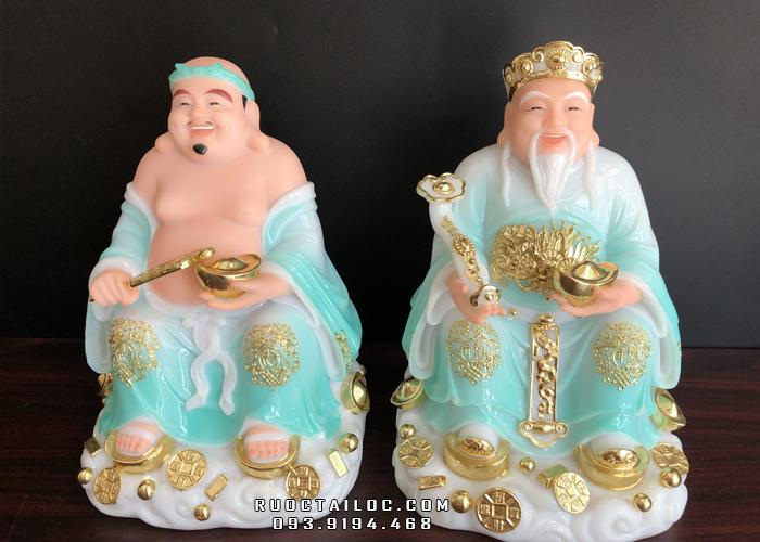 Tượng Ông Địa Thần Tài màu xanh ngọc độc đáo, thần thái tượng rạng ngời, tươi sáng, tràn ngập sức sống